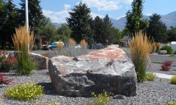Champlin boulders utah landscaping rock for Landscaping rocks by the ton